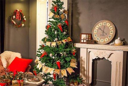 Фотосессии в новогодних декорациях от мастерской дизайна DecoratorShe. Заплати 1500 рублей вместо 3000