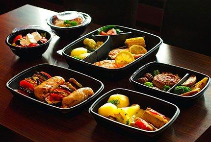 Горячие и вкусные обеды от Алана - Мама со скидкой 50%
