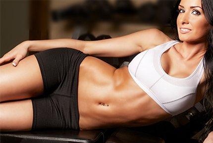 Миостимуляция и вакуумный массаж со скидкой 72% в студии красоты «Новый сезон»