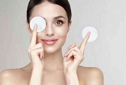 """Лечение акне, ботокс, чистки лица  со скидкой 50% в Beauty room """"Jolie"""""""