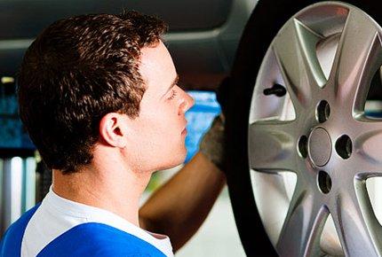 Диагностика развал-схождения колес и шиномонтаж со скидкой 50% в автокомплексе на Транспортной