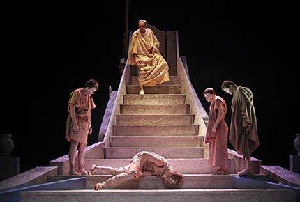 16 и 17 февраля спектакли в «Театрe драмы» со скидкой 60%