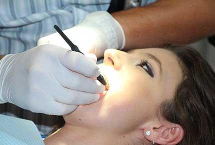 Лечение кариеса зубов со скидкой 50% в стоматологии доктора Федоровой