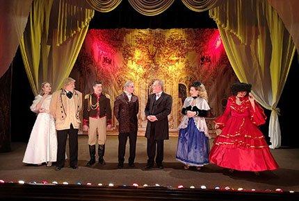 19 и 22 октября спектакли в театре «Версия». Два билета со скидкой 50%