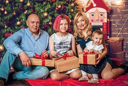 Подарочный сертификат на новогоднюю фотосессию в локациях студии Colibri со скидкой 50%