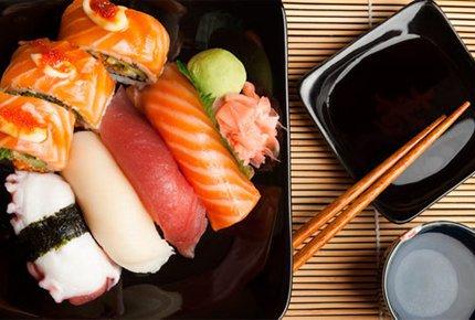 Шесть больших сетов со скидкой 50% от ресторана доставки «Суши Томск»