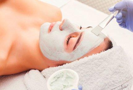 Семь популярных косметологических процедур  со скидкой 50% в beauty room «Jolie»