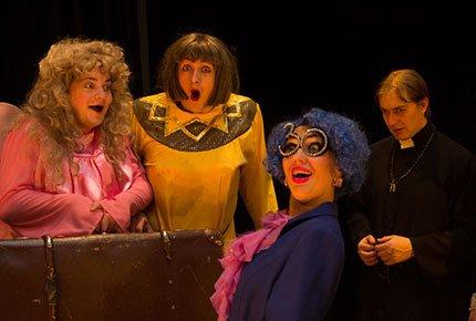 10 и 11 июня спектакли в театре «Версия». Два билета со скидкой 50%