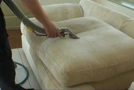Химчистка мягкой мебели от компании «Комфорт» со скидкой 50%