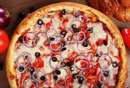Сочная, ароматная пицца от «Ням-Ням» со скидкой 50%