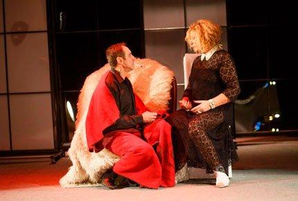 Два спектакля в театре «Версия» со скидкой 50%