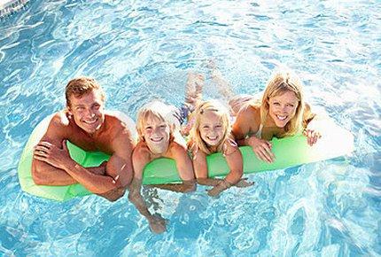 50% скидка на поход с детьми в бассейн