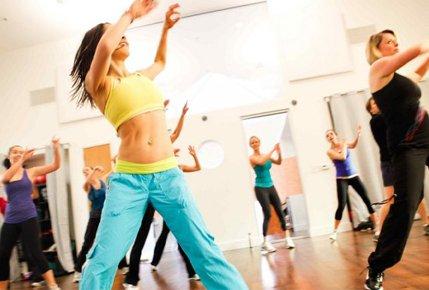 """Абонемент на 8 занятий в студии танца и фитнеса """"Клюква"""" со скидкой 64%"""