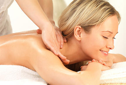 Мы поможем вам расслабиться! Приглашаем на лечебный массаж в медицинский центр Елан!
