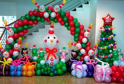 Новогодние композиции из гелиевых шаров со скидкой 50%