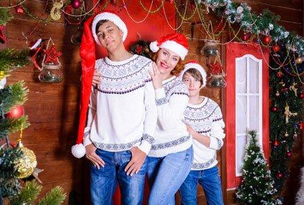 Новогодняя фотосессия в студии Family со скидкой 53%. Заплатите 1400 рублей вместо 3000