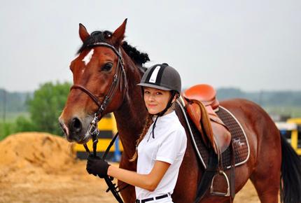 Прогулки по сосновому бору в конно-спортивном клубе «Гиппа» со скидкой 50%. Заплати 300 рублей вместо 600