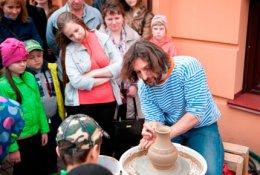 Два билета на мастер-классы по керамике в Первом музее славянской мифологии со скидкой 50%