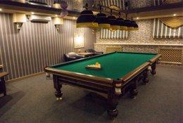 Два часа игры в бильярд со скидкой 70% в бильярдном клубе «Зелёная Миля» на Советской